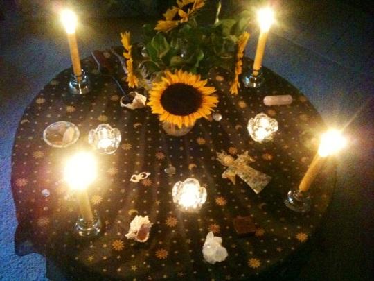 Full August Moon Altar